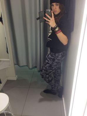 mopana-my-new-pants-02