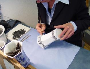 mopana-amsterdam-ceramic-painting-factory
