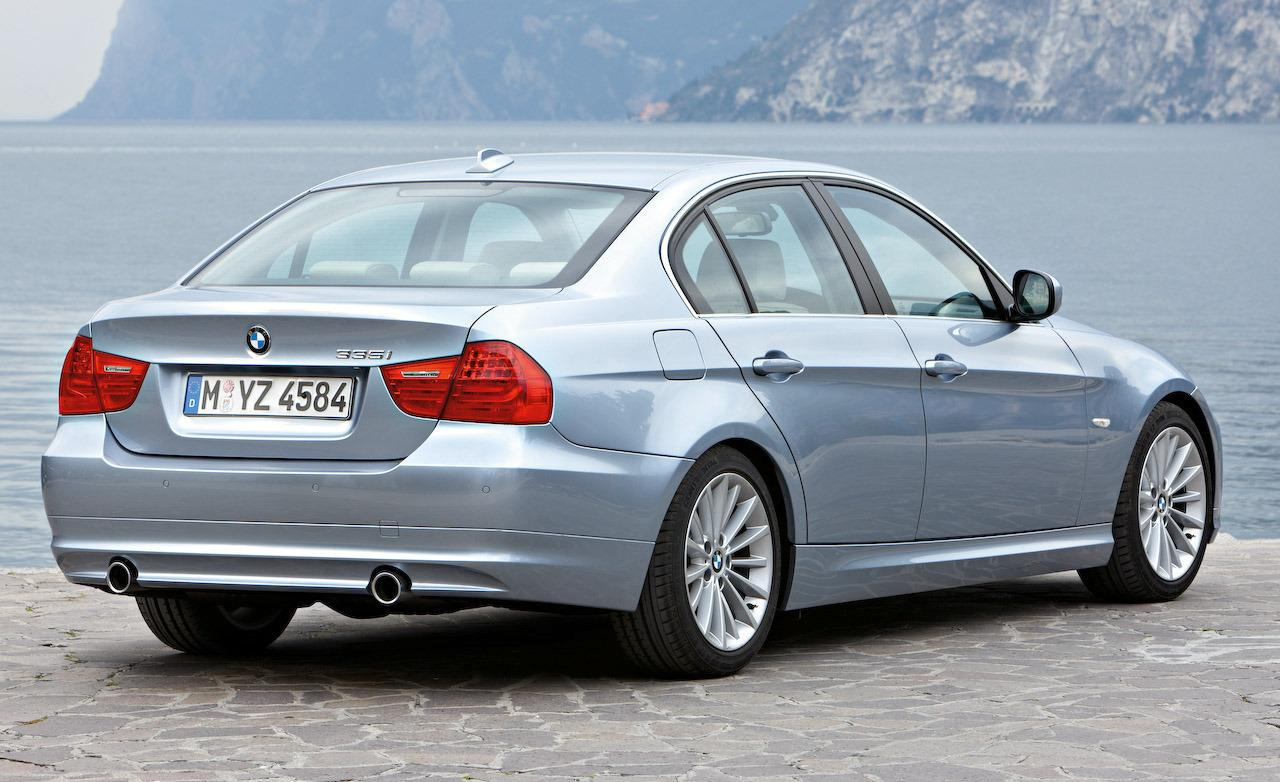 hight resolution of bmw 328i 2010 photo 10