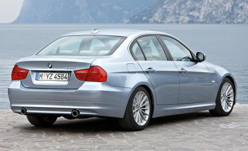 small resolution of bmw 328i 2010 photo 10