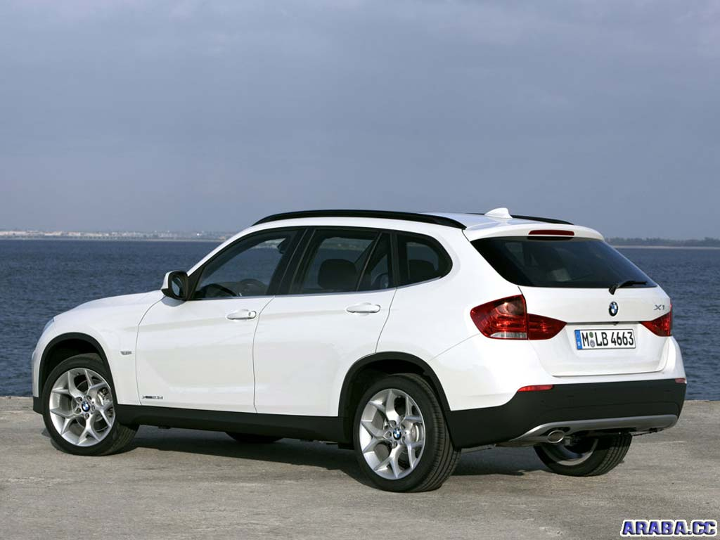 hight resolution of bmw x1 2008 photo 2