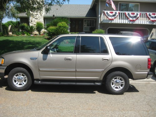 small resolution of ford expedition 2001 photo 6