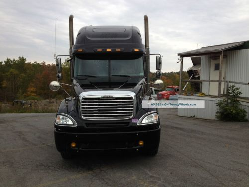 small resolution of freightliner columbia 2005 photo 3