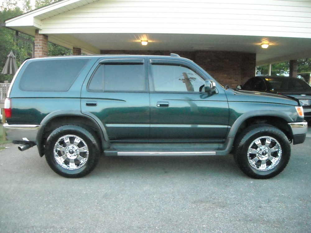 medium resolution of toyota 4runner 1998 photo 3