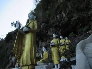 Yateak Pyan cave
