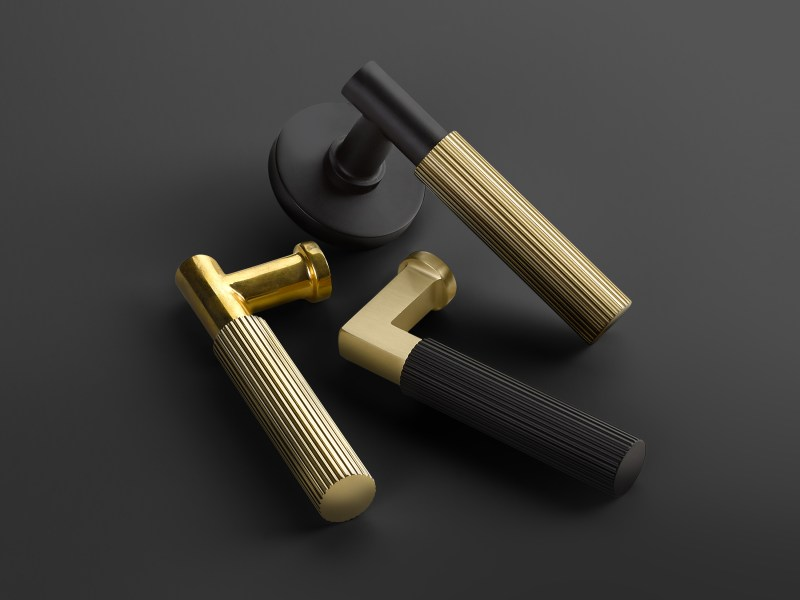Select_Levers_Group_Straight_Knurled_on_Black_3000x3000px_300dpi_RGB_HighRes