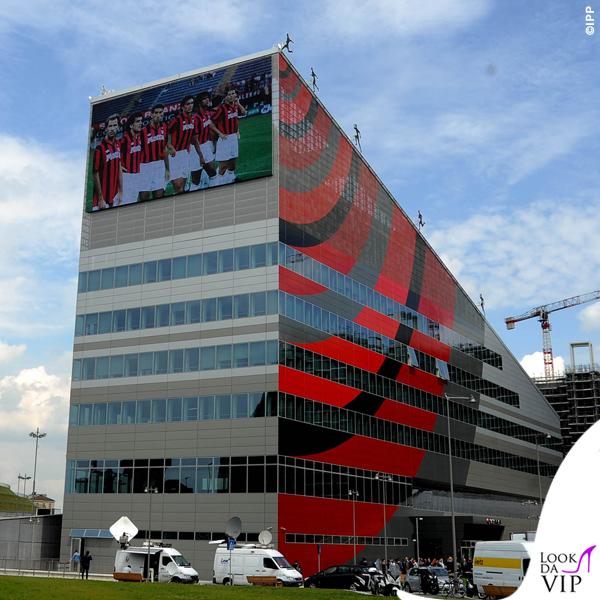 Casa Milan 4  Look da Vip