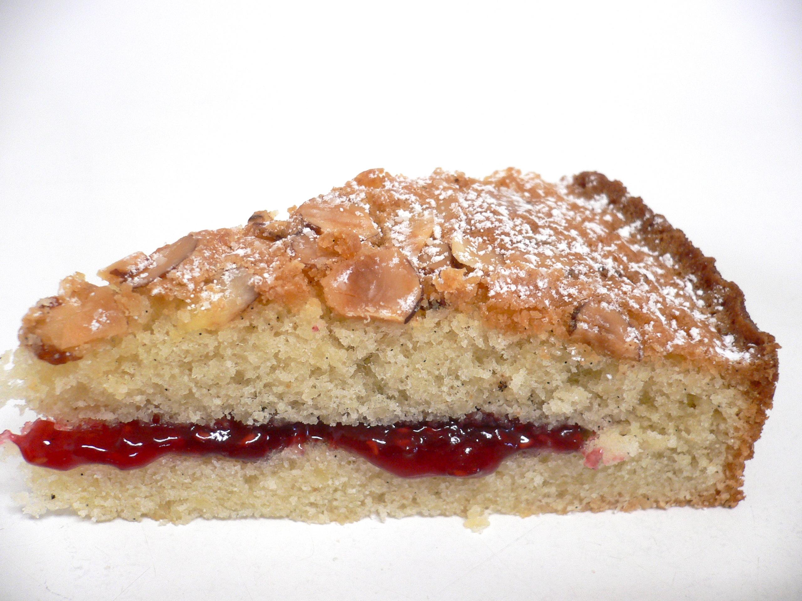 almondcakeslice