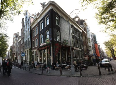 amsterdam looking around