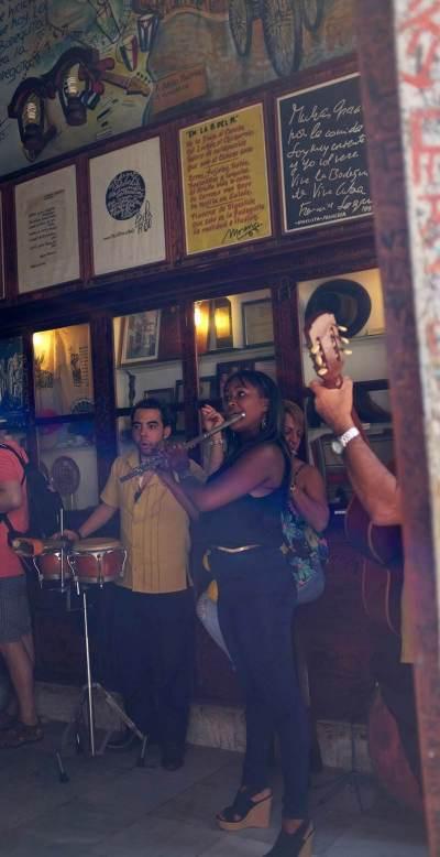 Em Havana há música em cada esquina