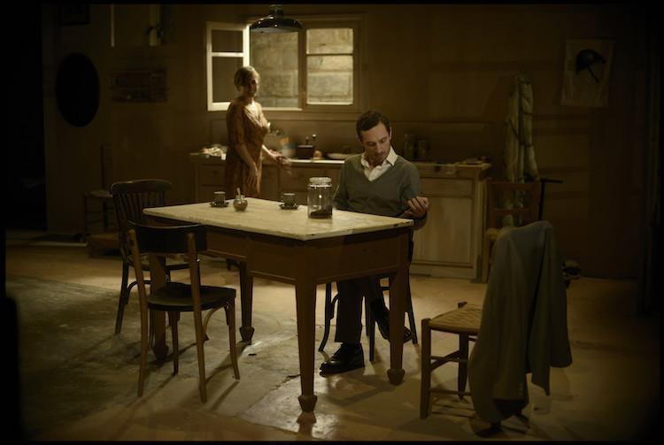 Clara Segura and Pablo Derqui in Una Giornata Particolare directed by Oriol Broggi. Photo: David Ruano