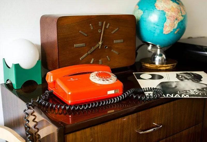 RWT Tulipan czerwony telefon PRL