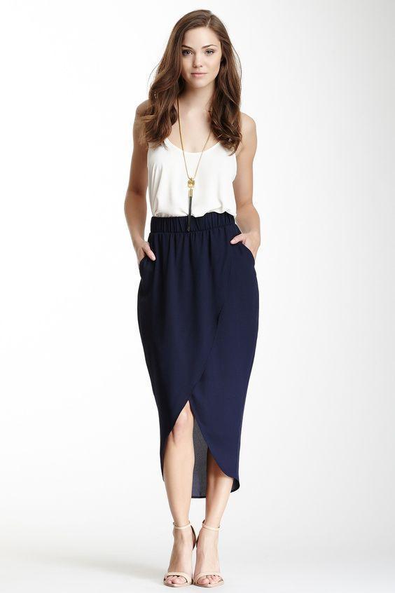 синяя юбка в форме тюльпана фото