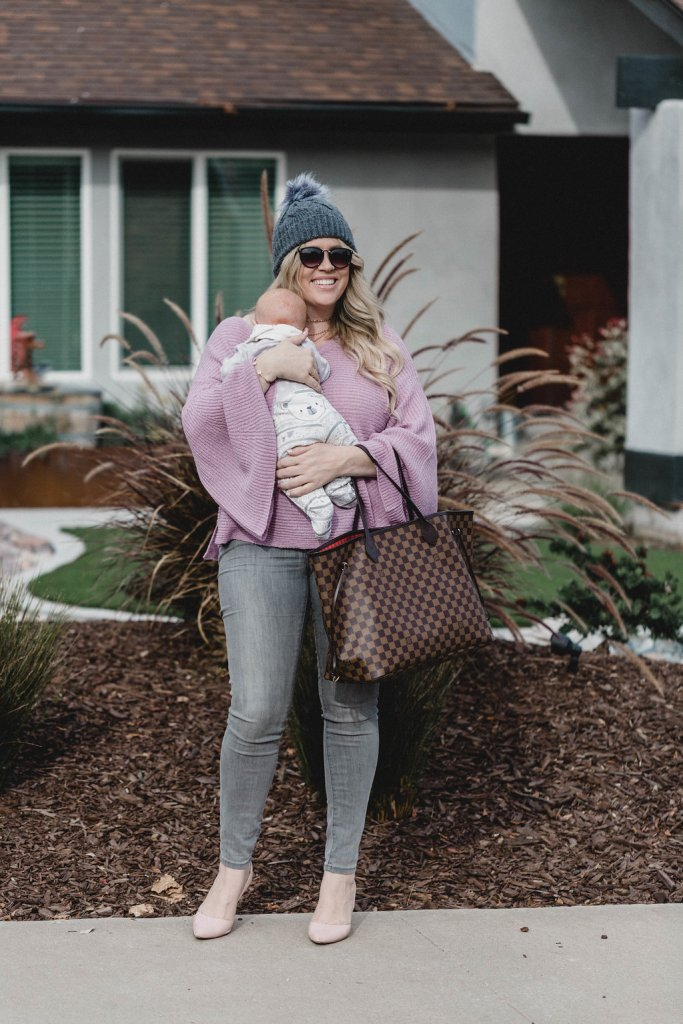 Bell Sleeve Sweater and my 2018 Goals, bell sleeve sweater, nordstrom sweater, curvy, curvy blogger, mom blogger, mommy blogger, new years goals, new years resolutions