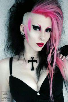 eyebrows looks like a