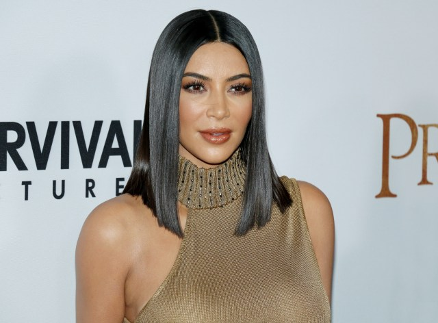 great hair here! kim kardashian – sleek straight black lob