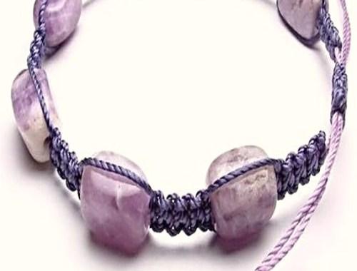 pulsera manillla brazalete piedra morada purpura bisuteria paso a paso gratis