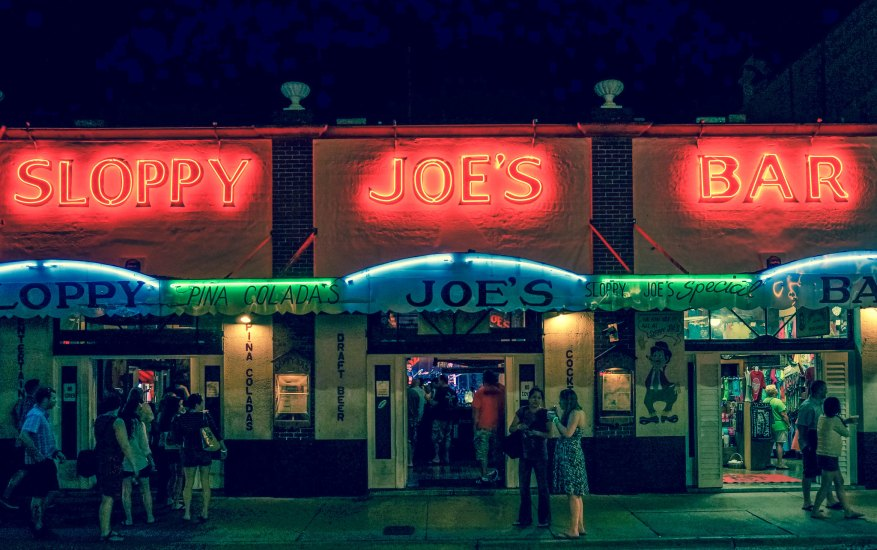 In Florida Sloppy Joe's is not just a bar, it is an experience and we promise you that you would want to come here again and again.