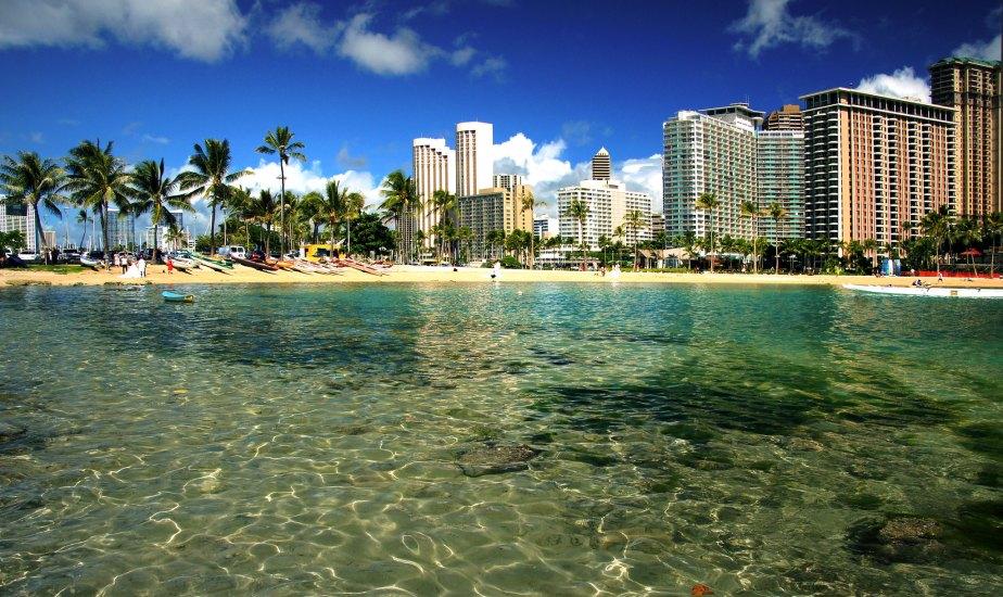 Very popular beach located in Waikiki.