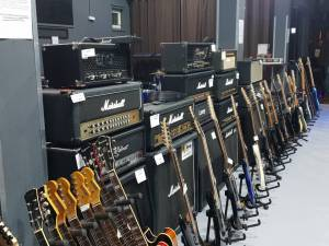 otkup glazbenih instrumenata i opreme - Loop music shop - loop.hr