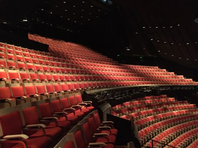Huge Theater