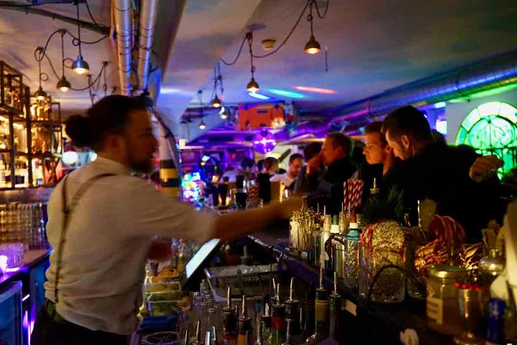 garage-bar-widdder-hotel