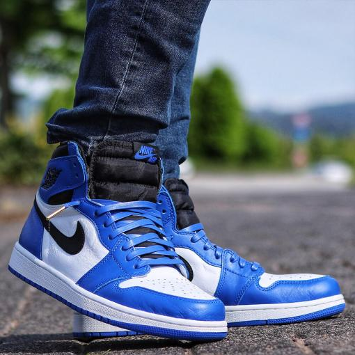 luxury royal blue leather laces in jordan 1s 3