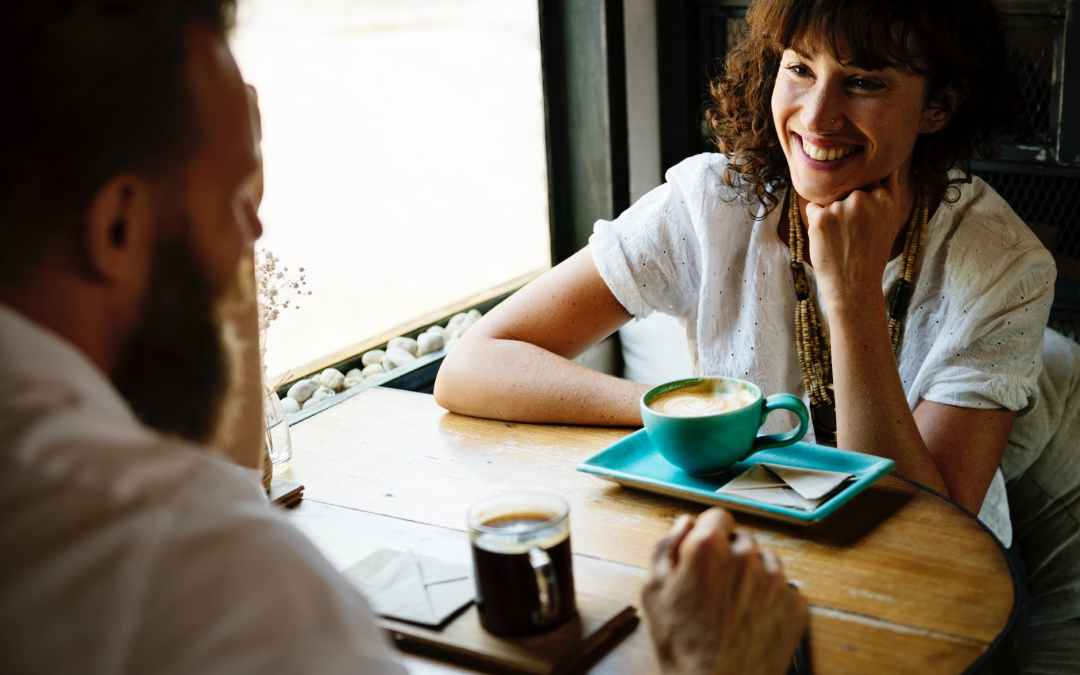Improve conversation skills in 5 minutes. Learn to conversate confidently.