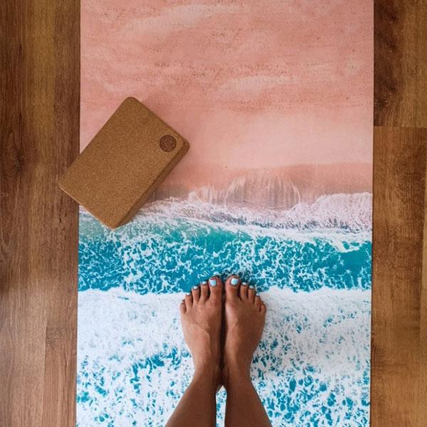 Saltea yoga travel