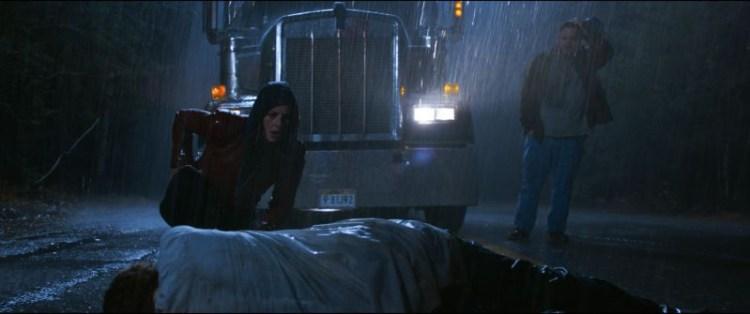 《惡靈古堡首部曲:拉昆市》預告重現經典場景,台灣11/26上映