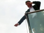 Sylvester Stallone greets Jonathan Ross in the strangest way.