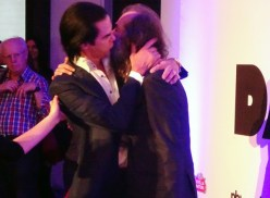 Nick Cave & Warren Ellis Kiss