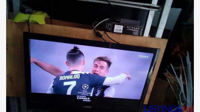 tv led grunding 32 pouces tres bonne