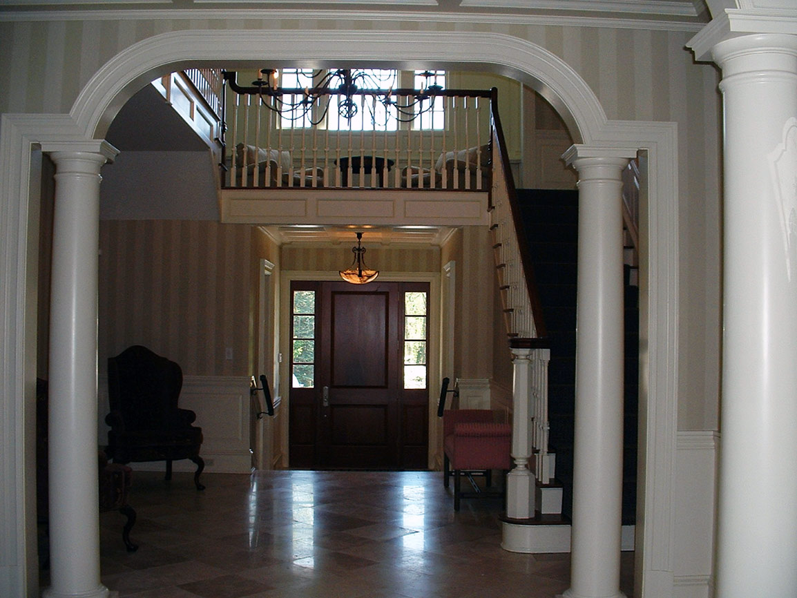 P05 Traditional Center Hall Colonial LOPARCO