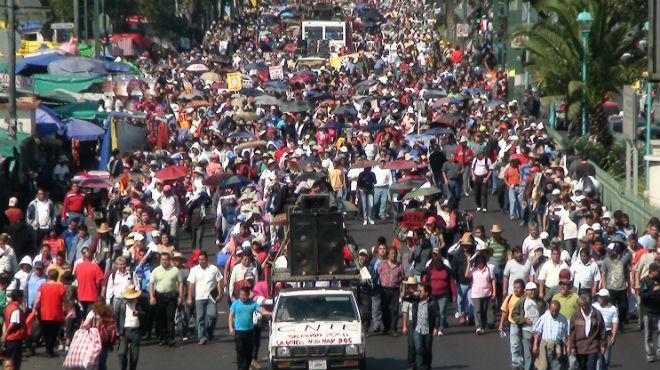 Examen docente en Oaxaca y Michoacán, en tiempo: SEP - Foto El Economista