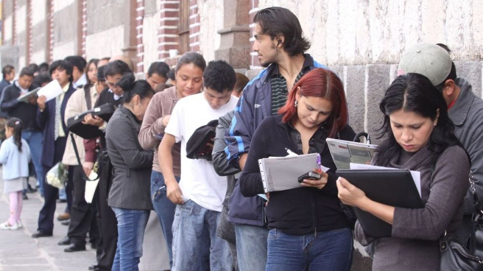Bajó en junio la tasa de desempleo en México - Generated by  IJG JPEG Library