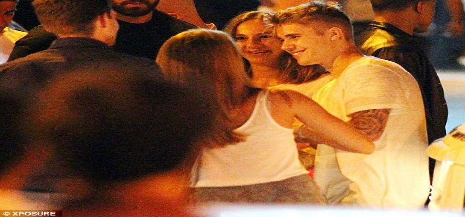 Orlando Bloom agrede a Justin Bieber por lío de faldas - Foto de Daily Mail