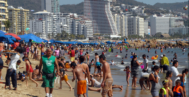 Estudian calidad de agua en Acapulco - Foto de Notimex