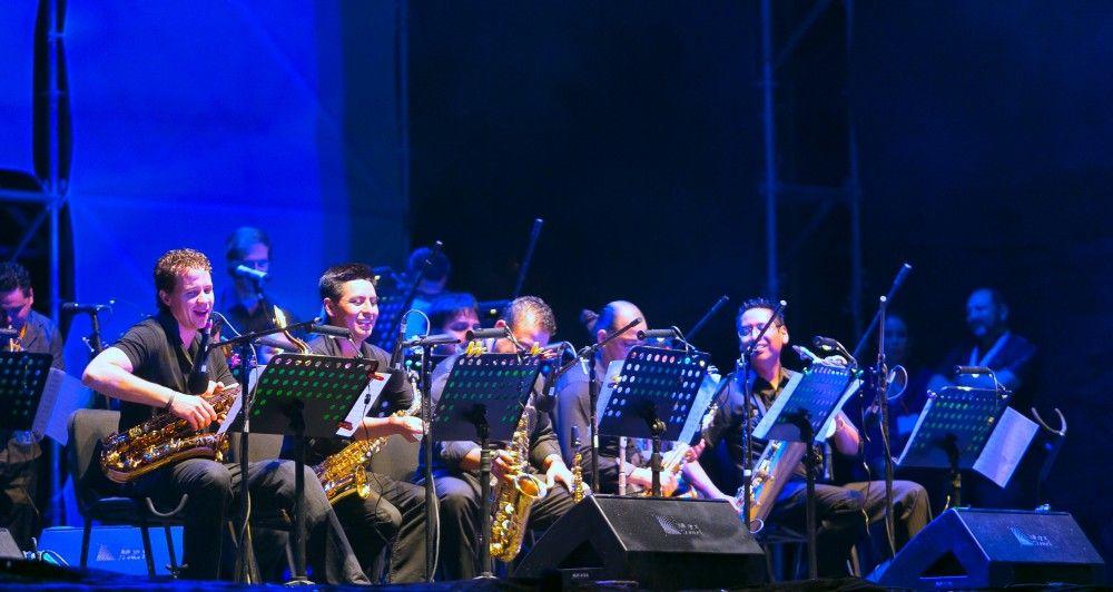 Música mexicana y estadounidense abre telón del JazzTamFest 2014 - La Big Band de Joe D´Etienne se presentó en la inauguración des festival