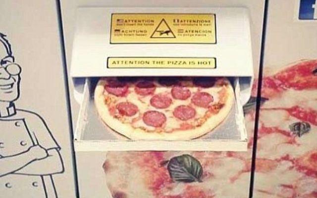Crean en Australia máquina de pizzas artesanales - Foto de Daily Mail