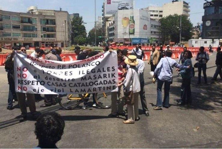 Vecinos protestan en Polanco contra obras en Masaryk - Fernando Ramírez / El Universal