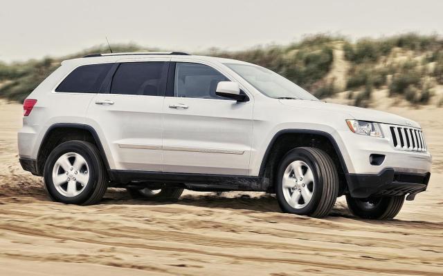 Chrysler retira casi 189 mil camionetas - foto de caranddriver.com