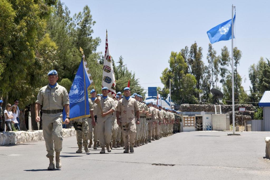 Estados Unidos saluda iniciativa de México para participar en misiones de paz - Troops of the United Nations Disengagement Observer Force (UNDOF) march to celebrate the 35th Anniversary of the Mission. UNDOF was established by Security Council resolution 350 (1974) of 31 May 1974 following the agreed disengagement of the Israeli and Syrian forces in the area and continues to supervise the implementation of the agreement and maintain ceasefire.