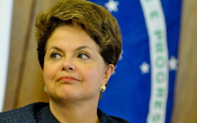 Gana Rousseff reñidas elecciones de Brasil - foto de archivo