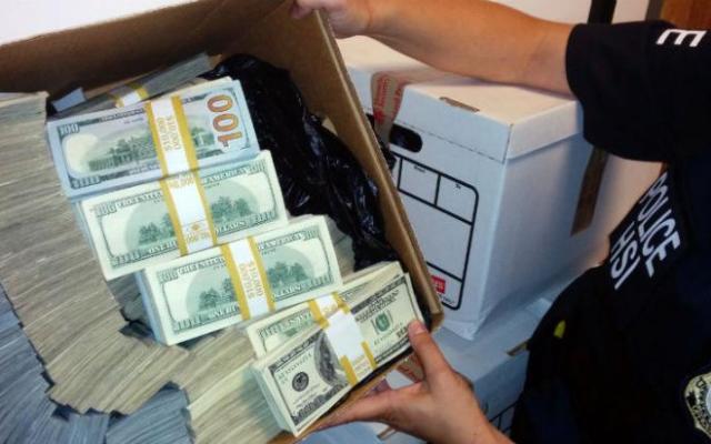 Transportaban dinero en ropa de maternidad - Foto de Foreign Policy