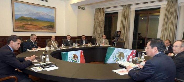 EPN nuevamente se reúne con Gabinete por Ayotzinapa - Foto de Presidencia