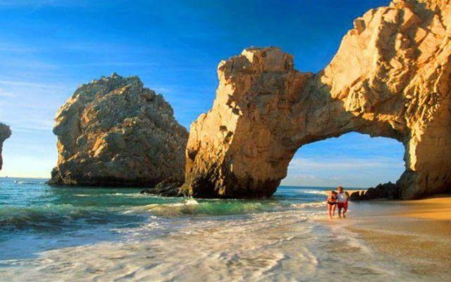 Hoteleros de Los Cabos estiman operar al 80 por ciento en diciembre - Foto de Internet