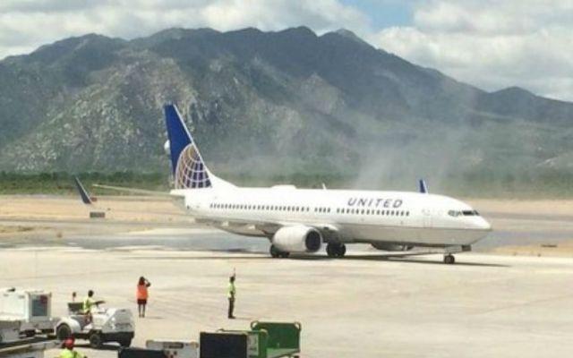 Se reanudan vuelos internacionales a Los Cabos - Foto de @PuebloBonito