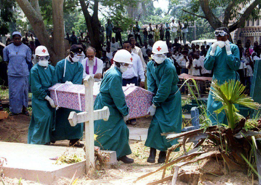 Suman 5 mil muertos por ébola en el mundo: OMS - Foto de NBC