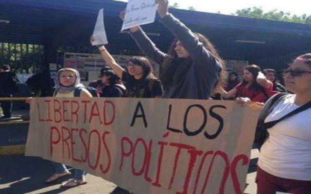 Marchan en CU por detenidos el 20 de noviembre - Foto de El Universal